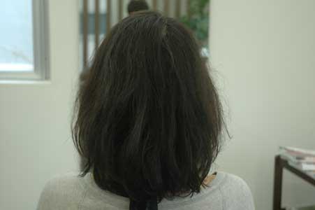 くせ毛のミディアムボブ。1