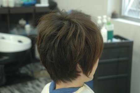 沖縄県宜野湾市美容室stylista|短く切るとやめられない。1