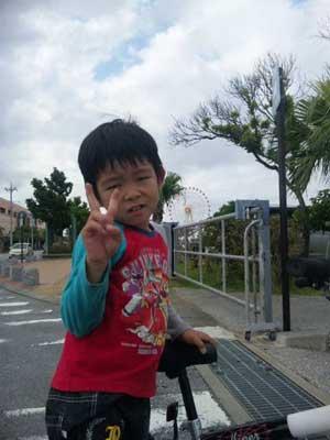 沖縄県宜野湾市美容室stylista|またまた北谷へ。3