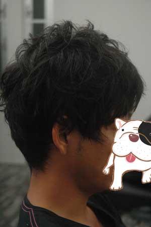 沖縄県宜野湾市美容室stylista|前髪アシメのショート。2