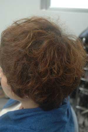 沖縄県宜野湾市美容室stylista|乾燥しすぎるウェーブヘア。1