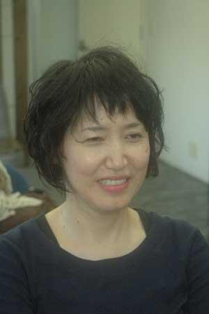 沖縄県宜野湾市美容室stylista|前髪を短く。1